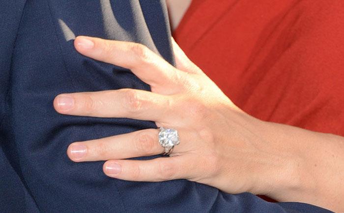 Помолвочное кольцо Дженнифер Гарнер
