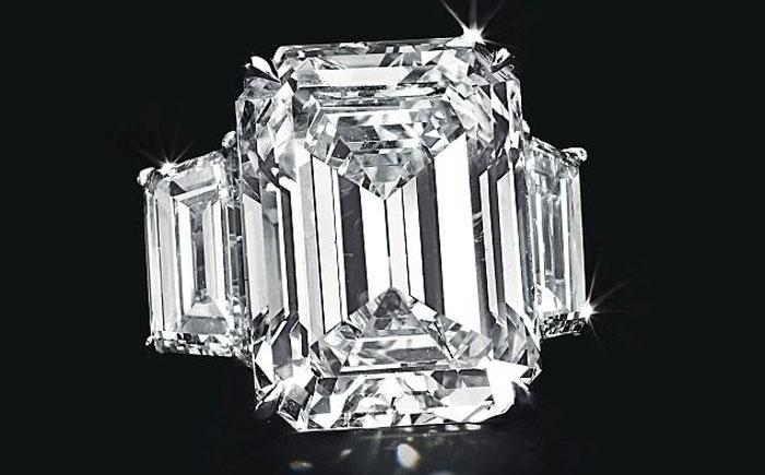 Помолвочное кольцо Ким Кардашян