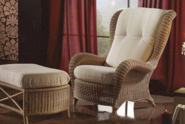 Для плетёной мебели нужны мягкие подушки