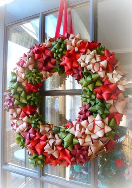 Рождественский венок из бантиков