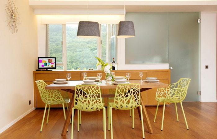 Карнавал красок: необычные цветовые комбинации в интерьере столовой