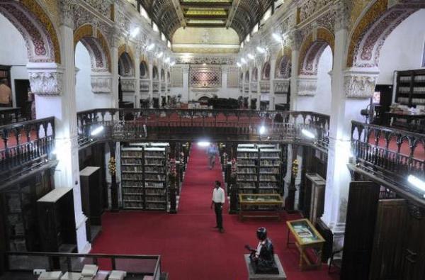 Общественная библиотека имени Коннемара, Ченнаи, Индия
