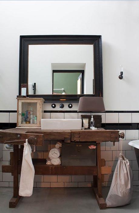 Туалетный столик из бывшего верстака