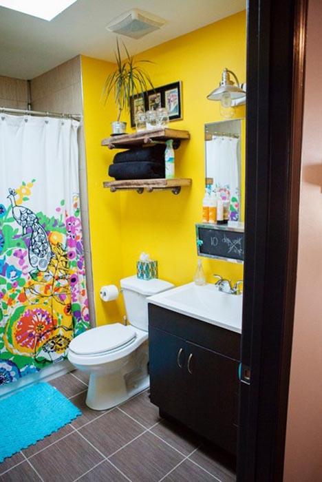 Яркая бюджетная ванная комната, округ Вашингтон
