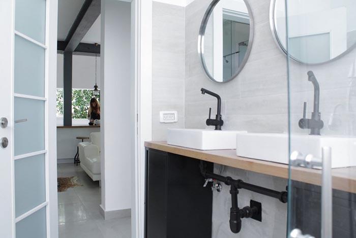 Промышленный стиль в ванной комнате в Тель-Авиве