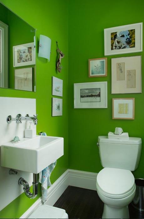 Туалетная комната цвета лайма в Сан-Франциско