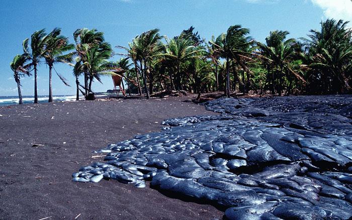 Картинки по запросу Черный пляж Килауэа