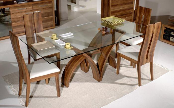 Прямоугольный обеденый стол со стеклянной столешницей