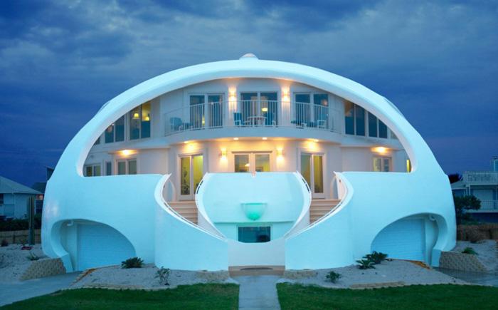 Устойчивое  к ураганам купольное здание во Флориде