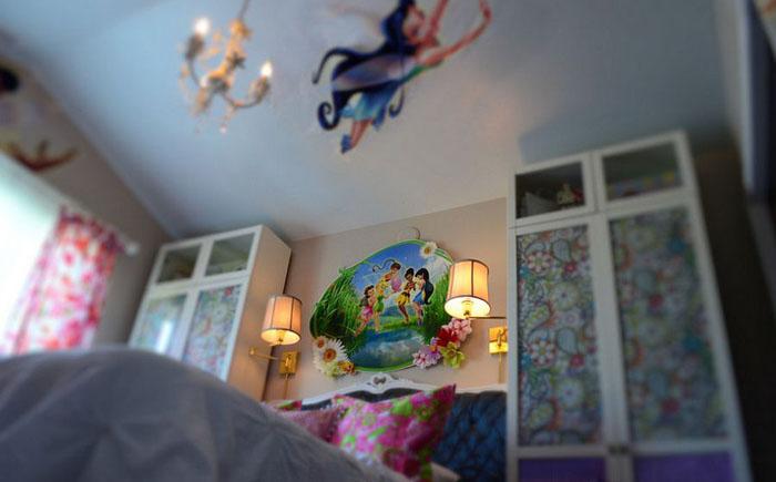 Феи в интерьере спальни