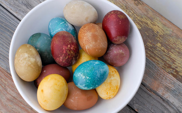 Пасхальные яйца в вине
