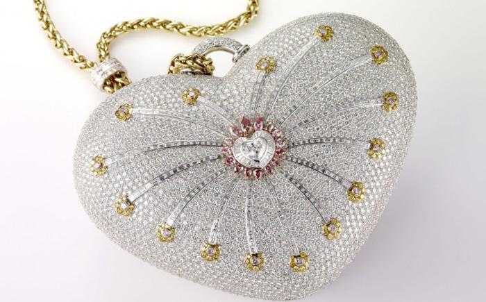Бриллиантовая сумочка «1001 ночь» от ювелирного дома Mouawad