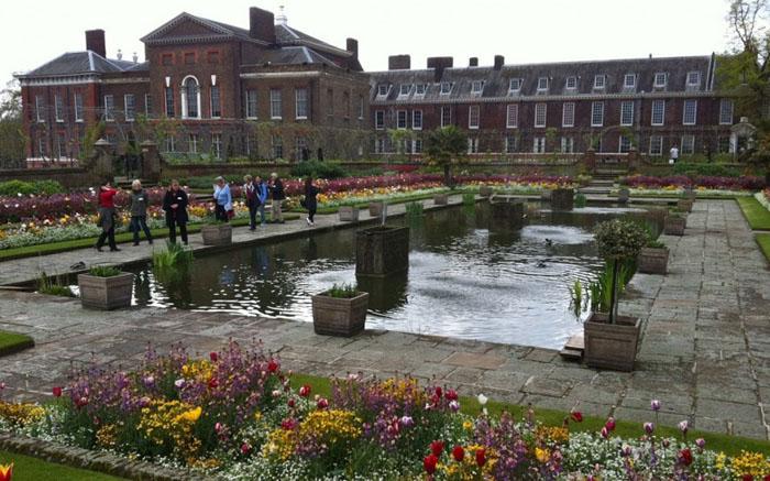 Дворец Kensington Palace Gardens