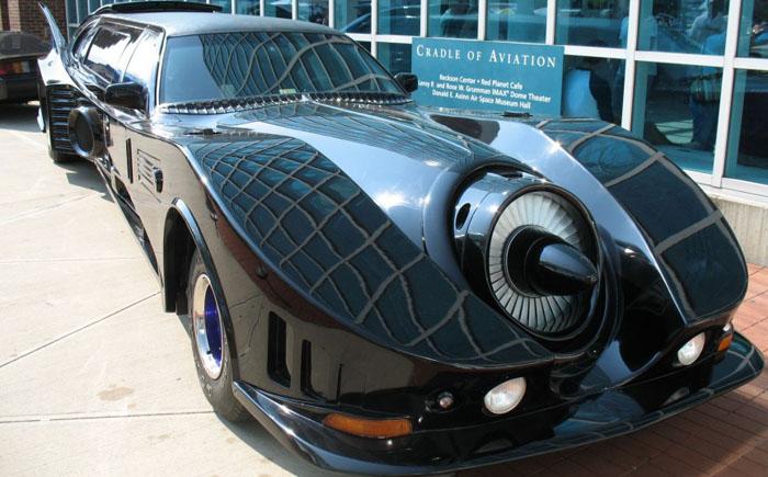 Лимузин Batmobile