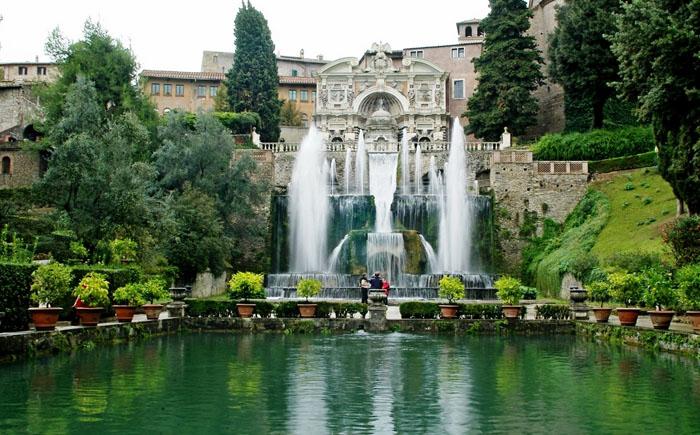 10 самых знаменитых фонтанов в мире