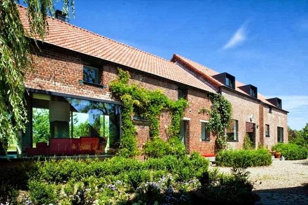 Типичный сельский дом в Бельгии