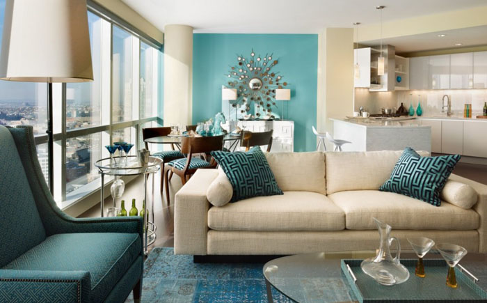 Гостиная в бежево-голубой цветовой гамме