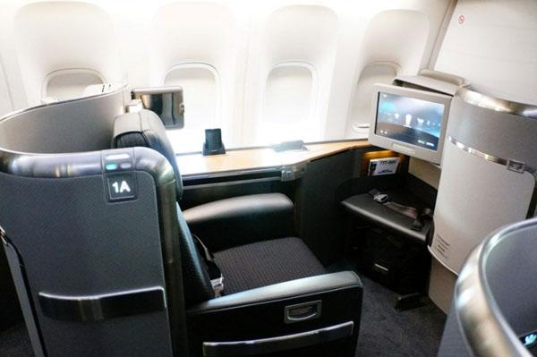 Салон первого класса American Airlines