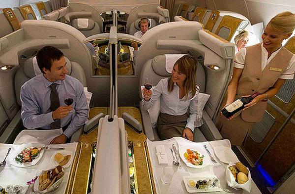 Салон первого класса от Emirates Airline