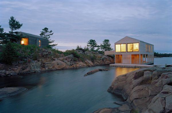 Дом на воде в Онтарио (Канада)