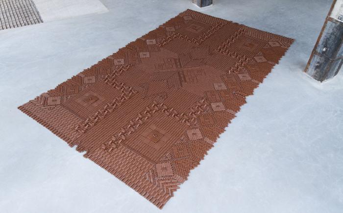 """""""Ковёр из батончиков"""" от We Make Carpets"""
