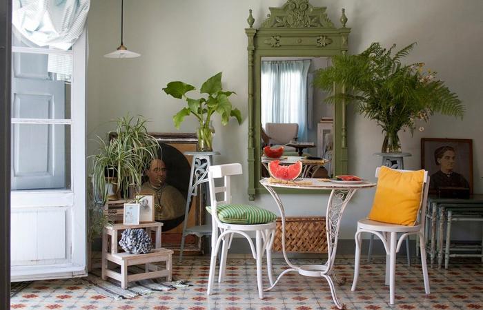 Интерьер столовой от Casa Josephine