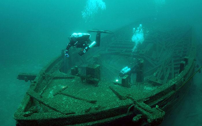 http://www.novate.ru/files/u31123/Ghost-Ships-15.jpg