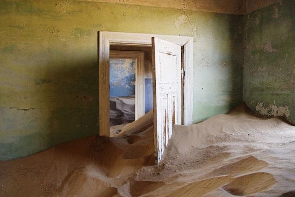 Колманскоп (Намибия): город, похороненный в песке