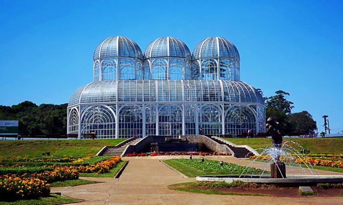 Здание ботанического сада Куритибы