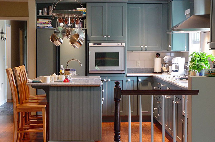 Интерьер кухни от Maggie McManus Kitchens & Baths