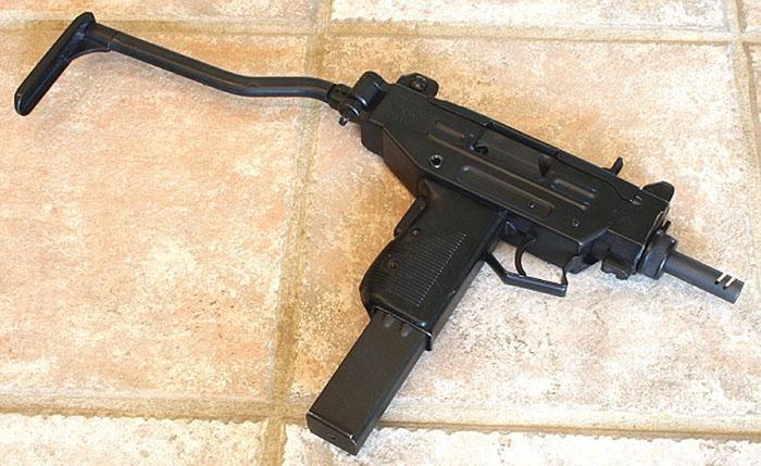 Автомат-пулемет Uzi
