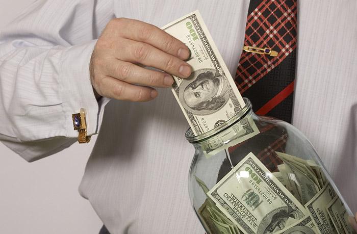 Как стать миллионером: 10 полезных привычек от людей, добившихся успеха