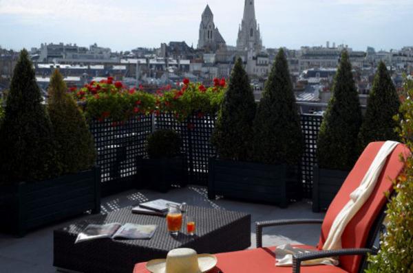 Отель Plaza Athenee, Париж