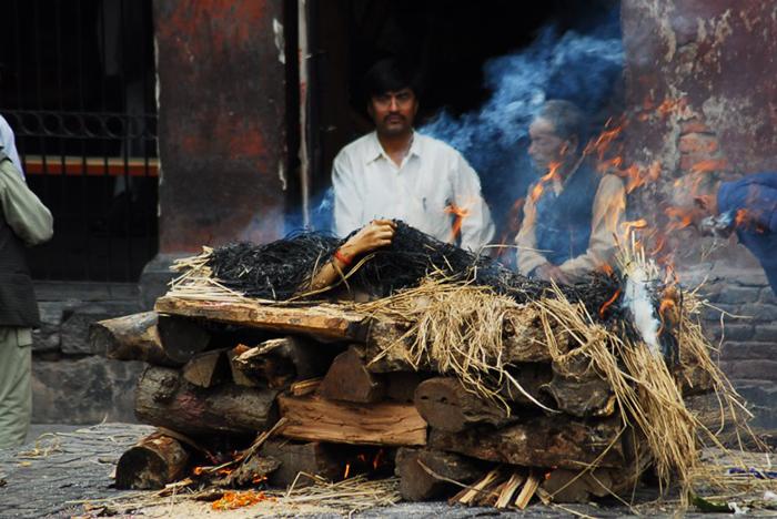 В Индии празднуют день смерти