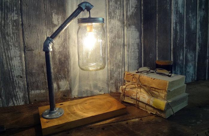 Настольная лампа от ThePinkToolBox
