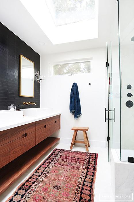 Ковровая дорожка в ванной