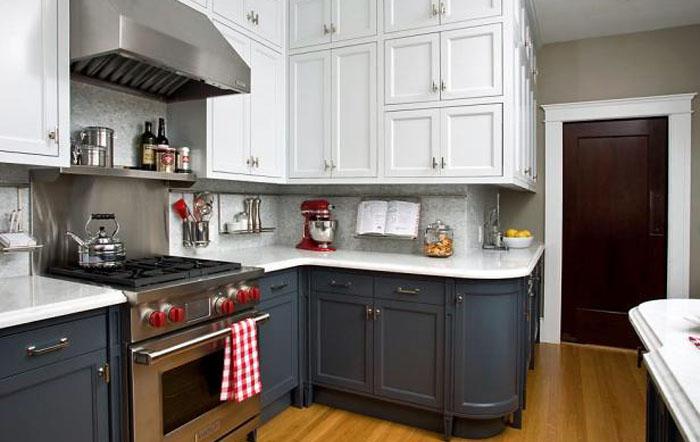Интерьер кухни в ретро стеле