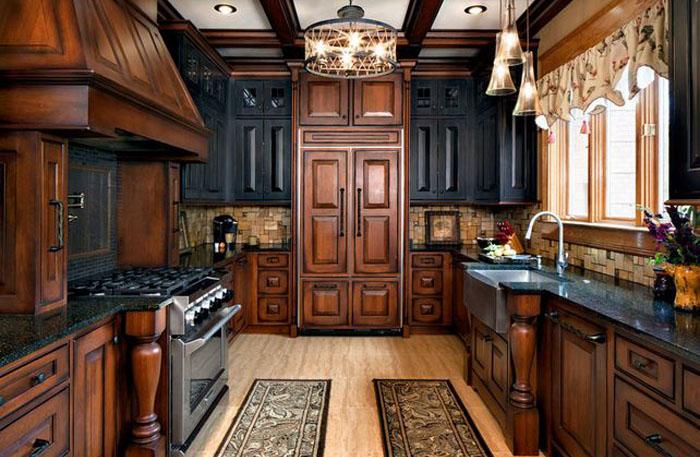 Интерьер кухни в традиционном стиле
