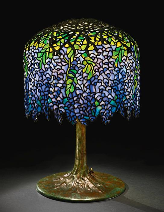 Настольная лампа Wisteria от Tifanny