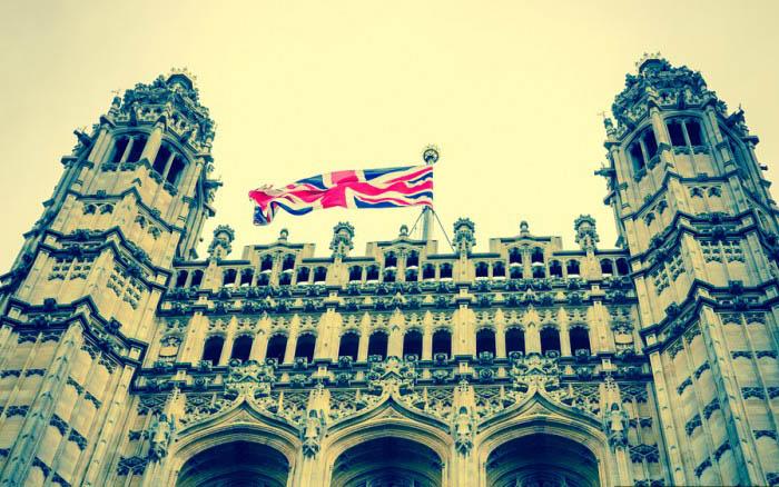 Великобритания – закон, запрещающий умирать в здании Парламента