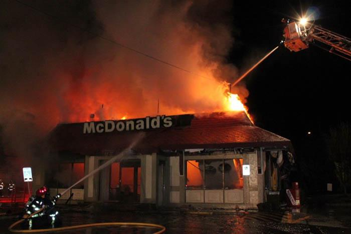 Чикаго – закон, запрещающий есть в горящем ресторане