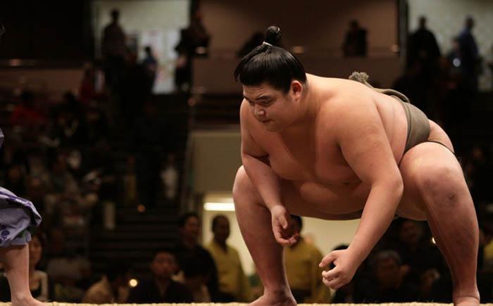 Япония – закон, запрещающий ожирение