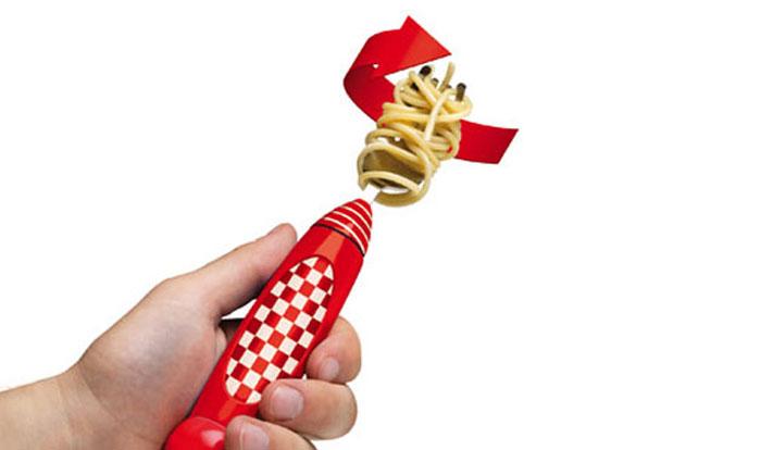 Вилка, наматывающая спагетти