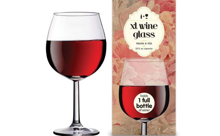 Огромный бокал для вина