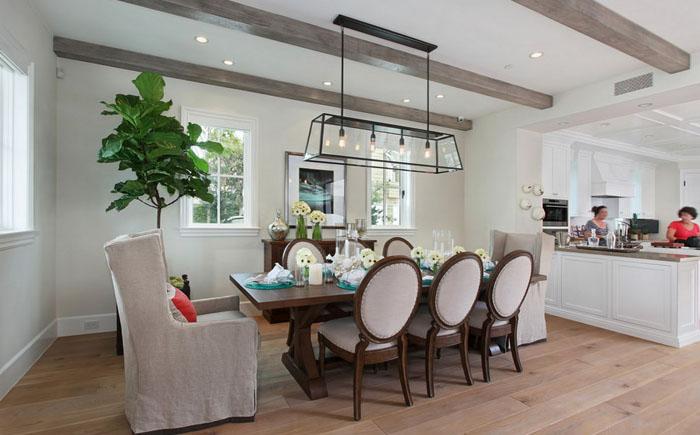 Интерьер столовой от Brandon Architects, Inc.