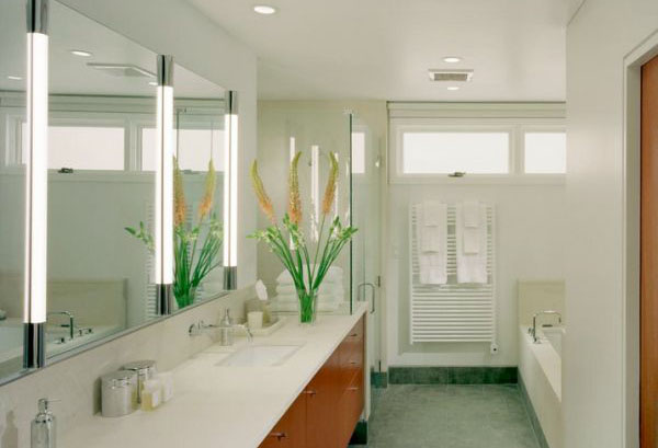 Главное освещение в ванной - направленное
