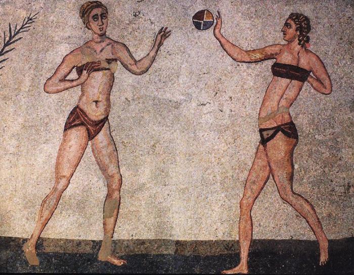 Первое нижнее белье появилось в Древней Греции