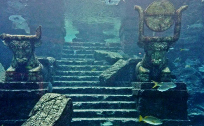 http://www.novate.ru/files/u31123/Lost-Underwater-Cities-71.jpg