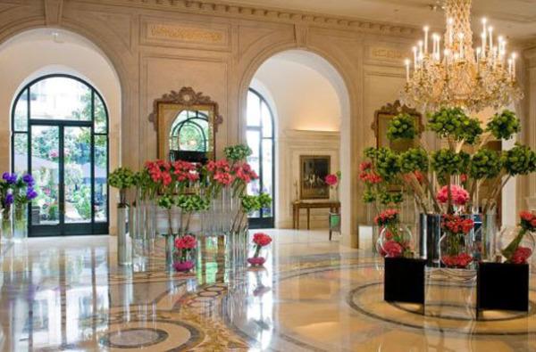 Отель Four Seasons George V, Париж