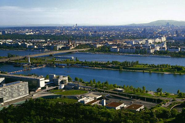 Донауинзель (Вена, Австрия)